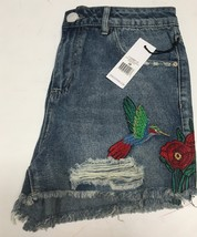 DEX Jean Shorts Embroidered Hummingbird Floral Distressed Sz 28 image 6