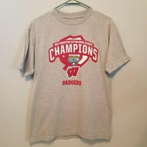 Wisconsin Badgers Gray T Shirt 2017 Cotton Bowl  Champion Short Sleeve Medium - $9.79