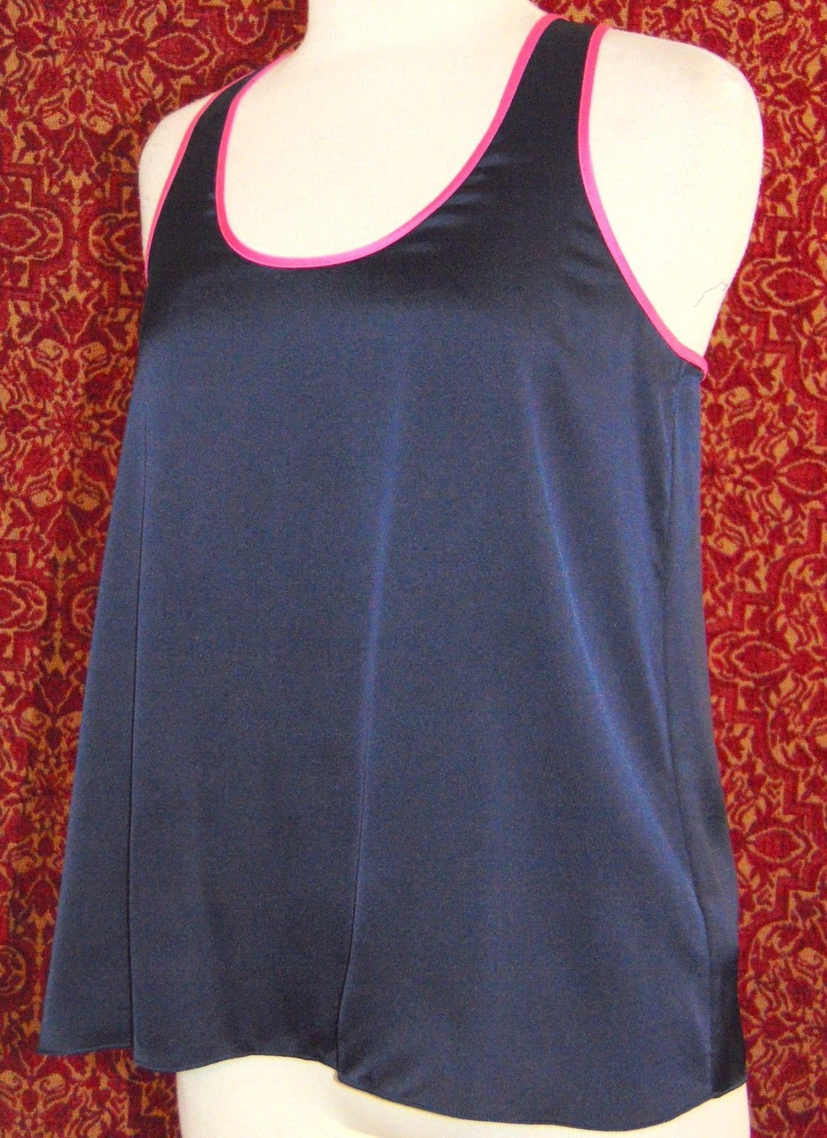 JUICY COUTURE Navy satin sleeveless tank blouse M (T41-03F8G) image 2