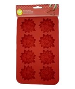Silicone Poinsettia Mold 8 Cavity Candy Treat Wilton - $8.79