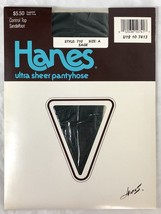 Hanes Ultra Sheer Control Top Pantyhose 710 Green Sage Size A NWT New - £10.36 GBP