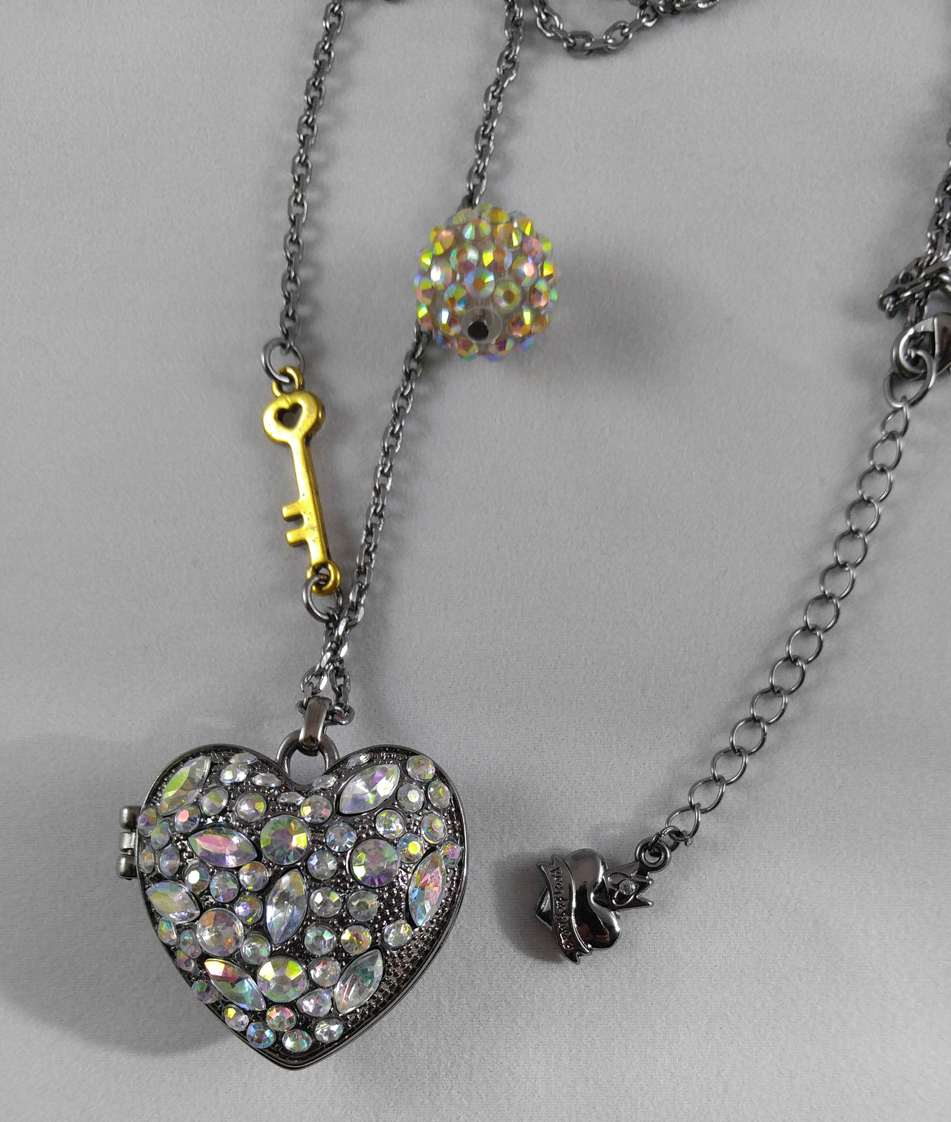 Primary image for Vera Wang Sparkling Iridescent Rhinestone Gunmetal Heart Locket Key Necklace