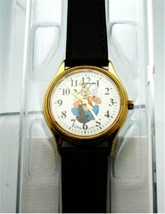 Disney Goofy Watch Womens Gold Tone Case Goofy Dial Mid-size Watch Brand New - $97.02