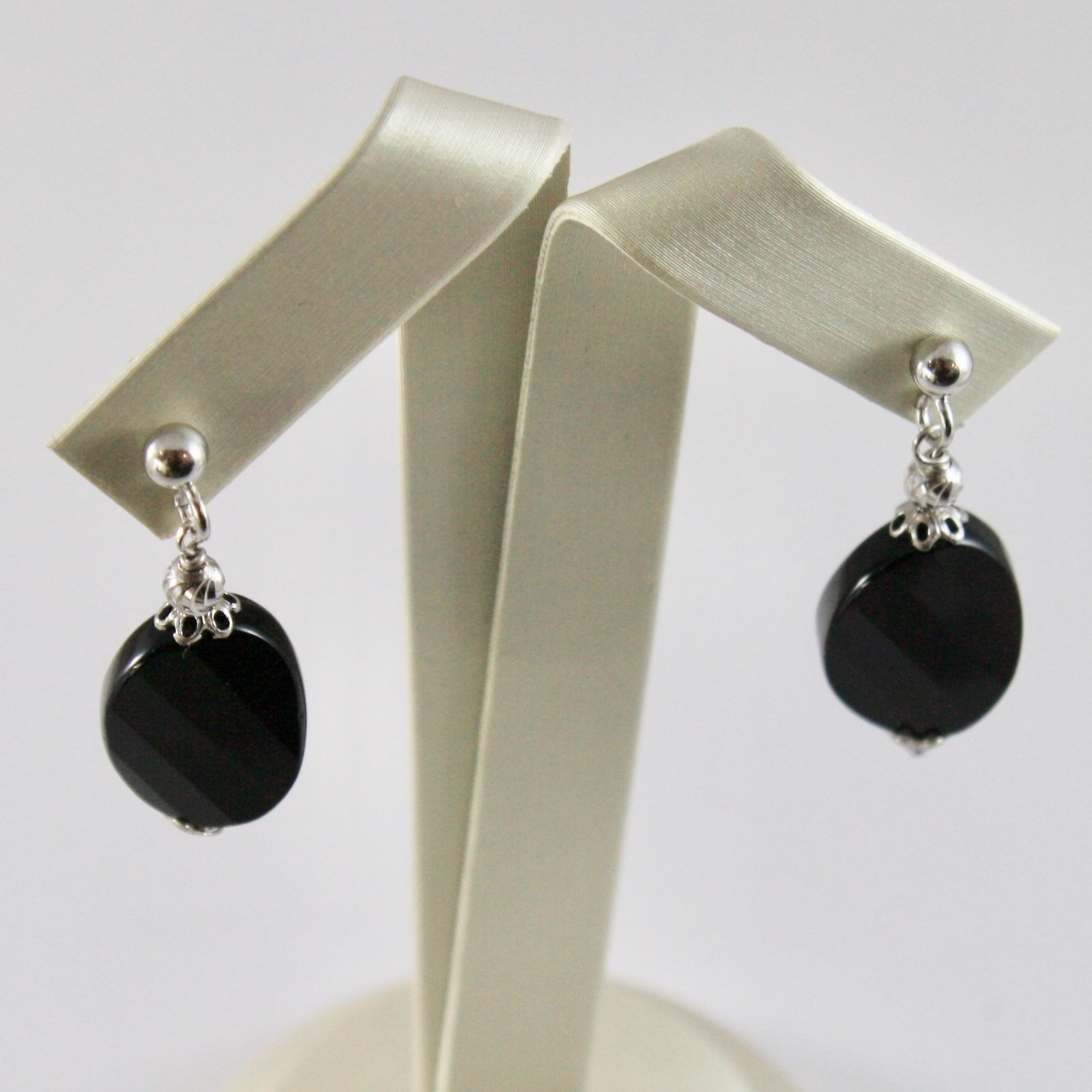 925 Silver Earrings with Onyx Oval Faceted and faceted balls