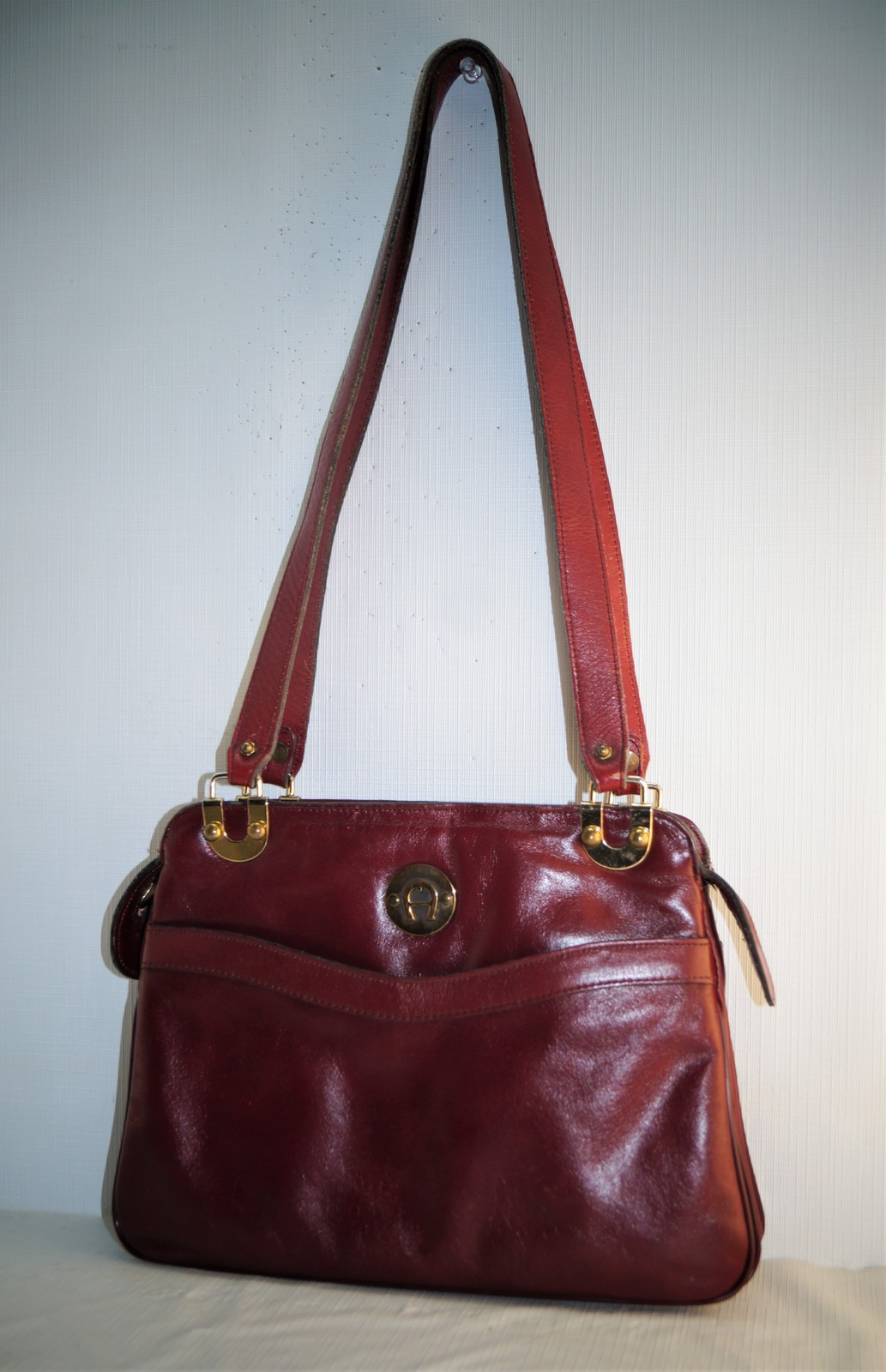 Dsc02247. Dsc02247. Previous. Vintage Etienne Aigner Burgundy Red Leather  Shoulder Bag Organizer Purse Pockets 0de1eb56df49b