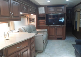 2011 Fleetwood DISCOVERY 40X Class A For Sale In Lakeland, FL 33810 image 10