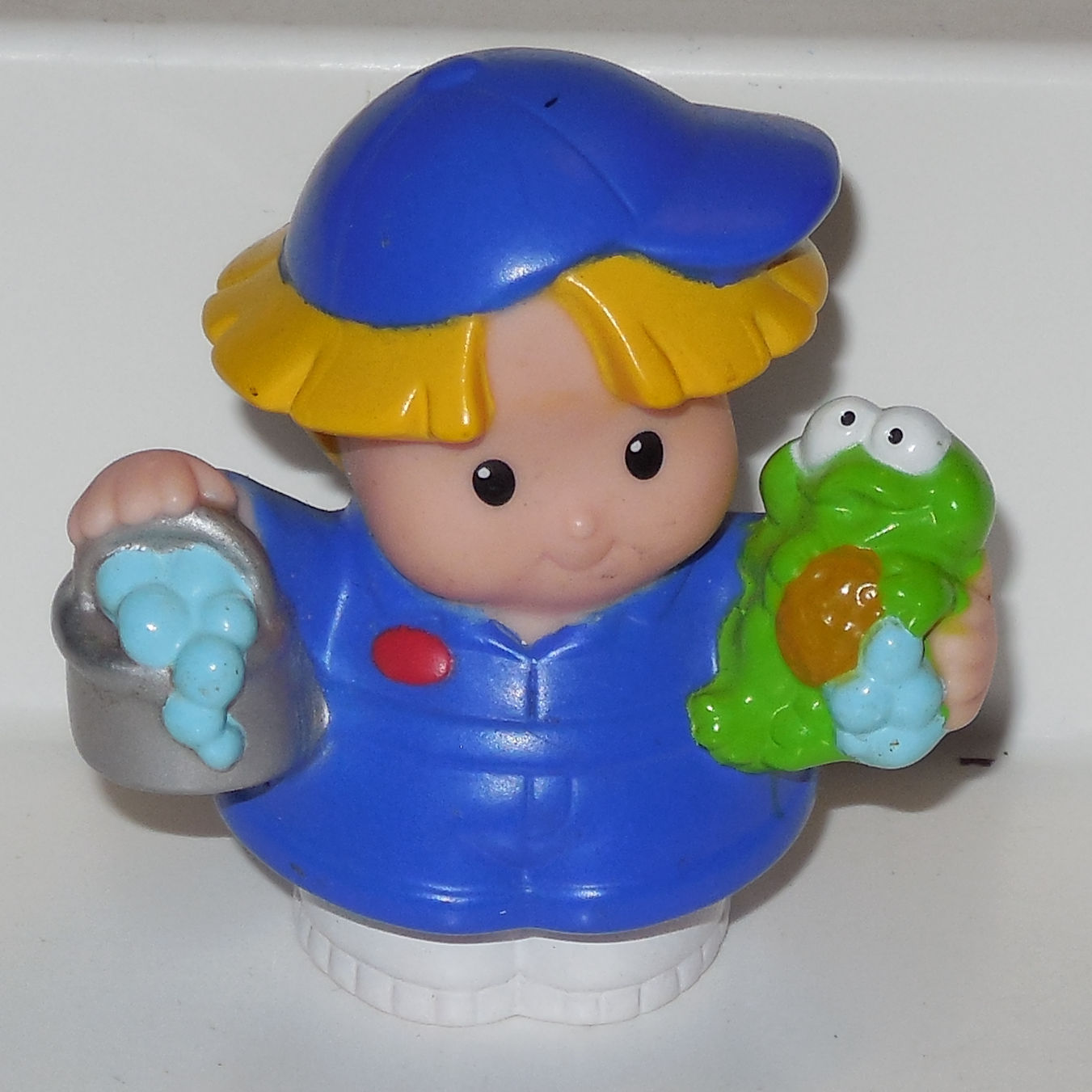 Fisher Price Current Little People Little Boy With Frog FPLP