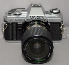 MINOLTA X-370 35mm VINTAGE SLR Film Camera MC F3.5 28-70mm Lens Very CLEAN! - $66.60