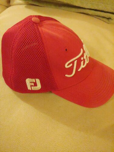FootJoy Titleist ProV1 Men's Golf Hat Cap Small Medium Red Mesh Back Fitted image 2