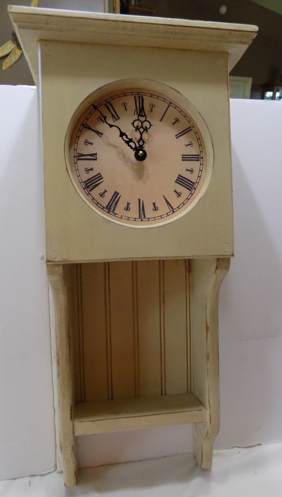 Vintage Country Americana Clock  Distressed Country White  Battery Powered