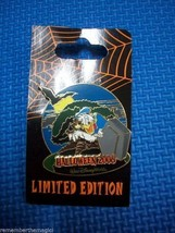 DISNEY HAUNTED PARKS HALLOWEEN LIMITED ED PIN DONALD DUCK 2006 ANIMAL KI... - $19.99