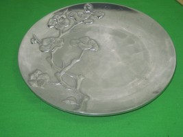 Vintage Wilton Armetale Shiny Aluminum Alloy Metal Tray 3D Floral Design... - $16.79