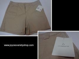 Liz Claiborne Khaki Shorts NWT Sz 12 Free Shipping - $14.84