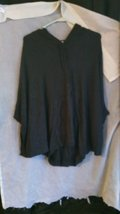 Womens Extremely soft charcoal gray poncho By Remain. Sz M drh284 - $15.80