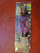 2016 Barbie FASHIONISTAS BARBIE Doll DVX79 #57 CURVY Zig & Zag Box Damage - $17.79