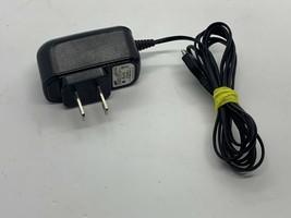 Samsung Power Adapter ETA3U30JBE 4.75A-0.55A 100-240V~50-60Hz 0.15A - $9.99