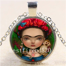 CABOCHON PENDANT AND CHAIN #8564              COMBINED SHIPPING   - $3.75