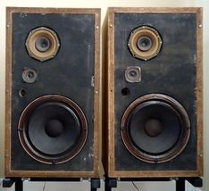 Sinus A-103E Speakers , See the Video ! - $630.00