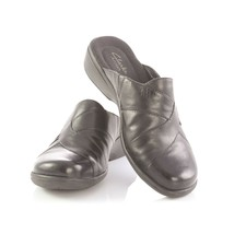 Clarks Artisan Black Leather Mules Slip On Comfort Shoes Flats Womens 8 - $29.52