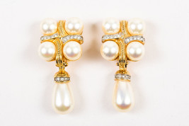 VINTAGE Swarovski Gold Tone Cream Faux Pearl Crystal Clip On Drop Earrings - $45.00
