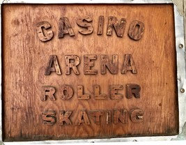 "VINTAGE WOODEN  "" CASINO ARENA "" ROLLER SKATE BOX-1950's VERY UNIQUE! - $86.02"