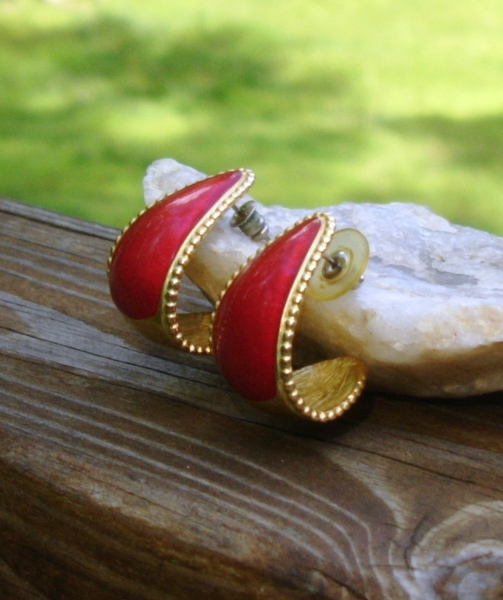 Vintage Trifari Bold Red Enameled Post Half Hoop Earrings