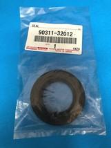 GENUINE 4RUNNER TACOMA TUNDRA MANUAL TRAN INPUT SHAFT OIL SEAL 90311-32012 - $13.75