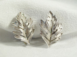 Vintage Crown Trifari Oak Leaf Silver Plated Clip Earrings Brushed Openw... - $15.79