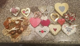 Lot of 18 heart brooches pins, torino, Ajmc different material different... - $16.82