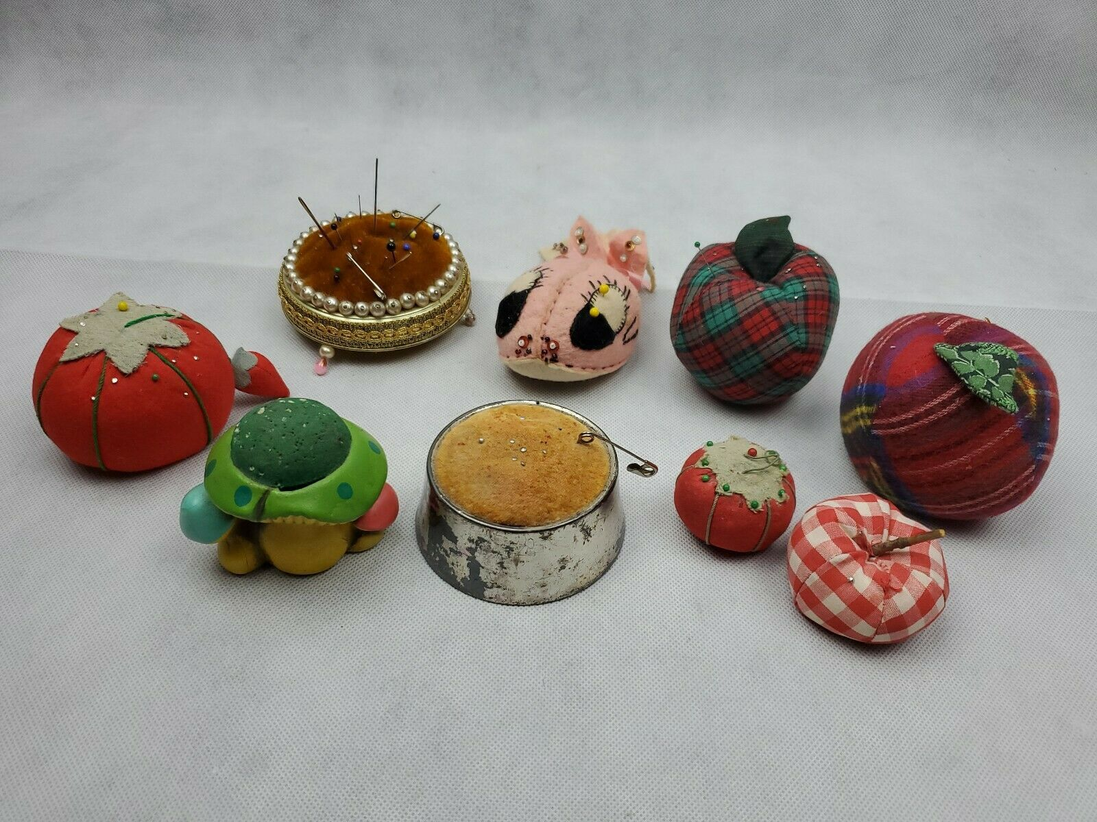 Huge Lot of 9 Vintage Pin Cushions Tomatoes apple mushroom metal Needle Sewing
