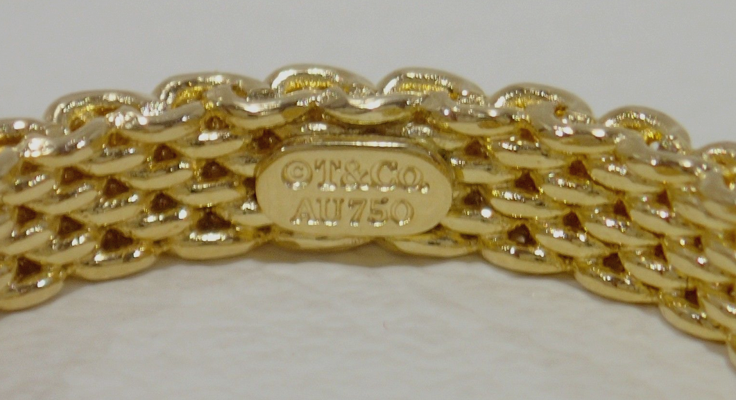 Tiffany &Co Somerset 18K Yellow Gold Mesh Narrow Curved Band Ring Sz5.5 Exc Cond
