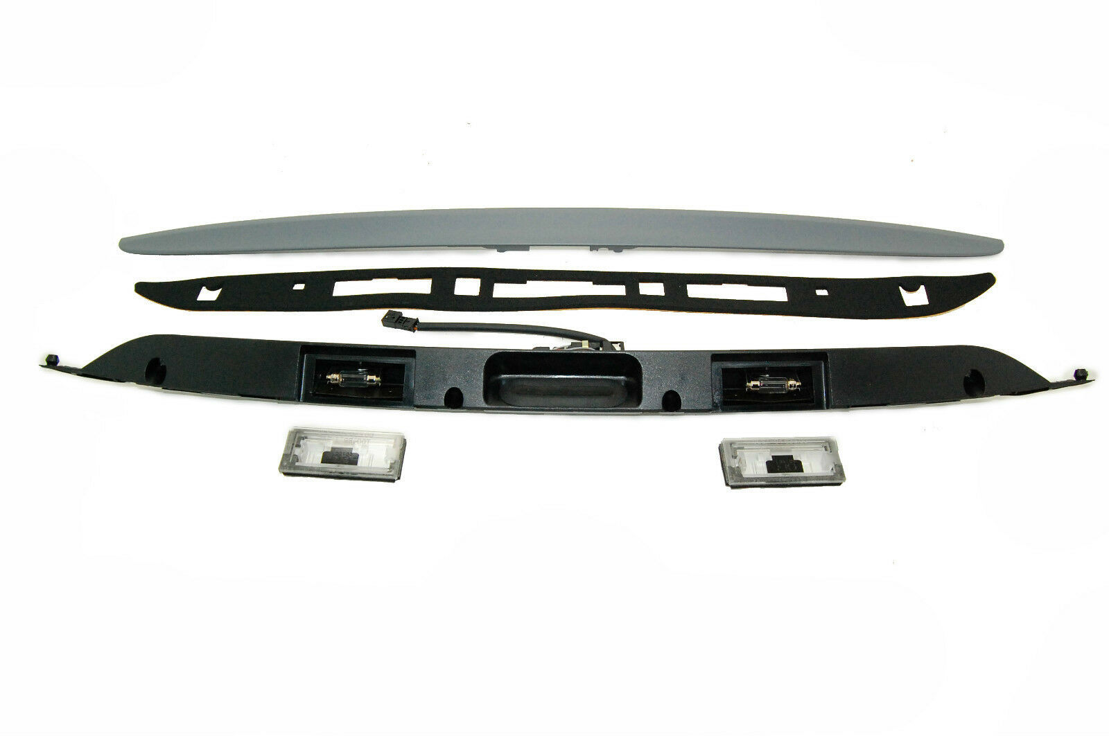 New BMW E46 touring 320i, 328i, 330i Trunk Lid Grip With Key Button 51137170963 - $118.79