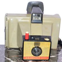 Vintage Polaroid Big Swinger 3000 Camera - $11.00