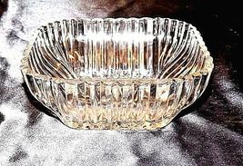 Cut Glass Square Bowl with Etched Design AA18-11815Vintage Heavy image 5