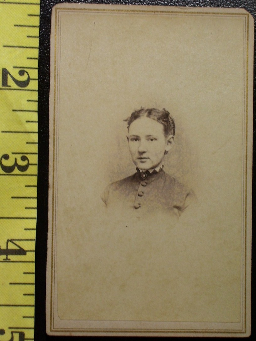 CDV Carte De Viste Photo Pretty Teen Girl c.1859-80