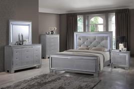 Soflex Tinley Silver Diamond Tufted Queen Bedroom Set 5Pcs w/Led Light Classic