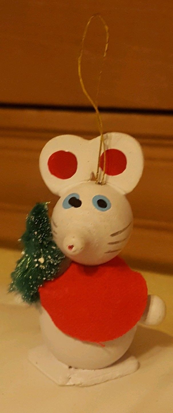 Primary image for Vtg Wood Wooden Mouse with bottle brush Christmas xmas Tree Ornament Figurine