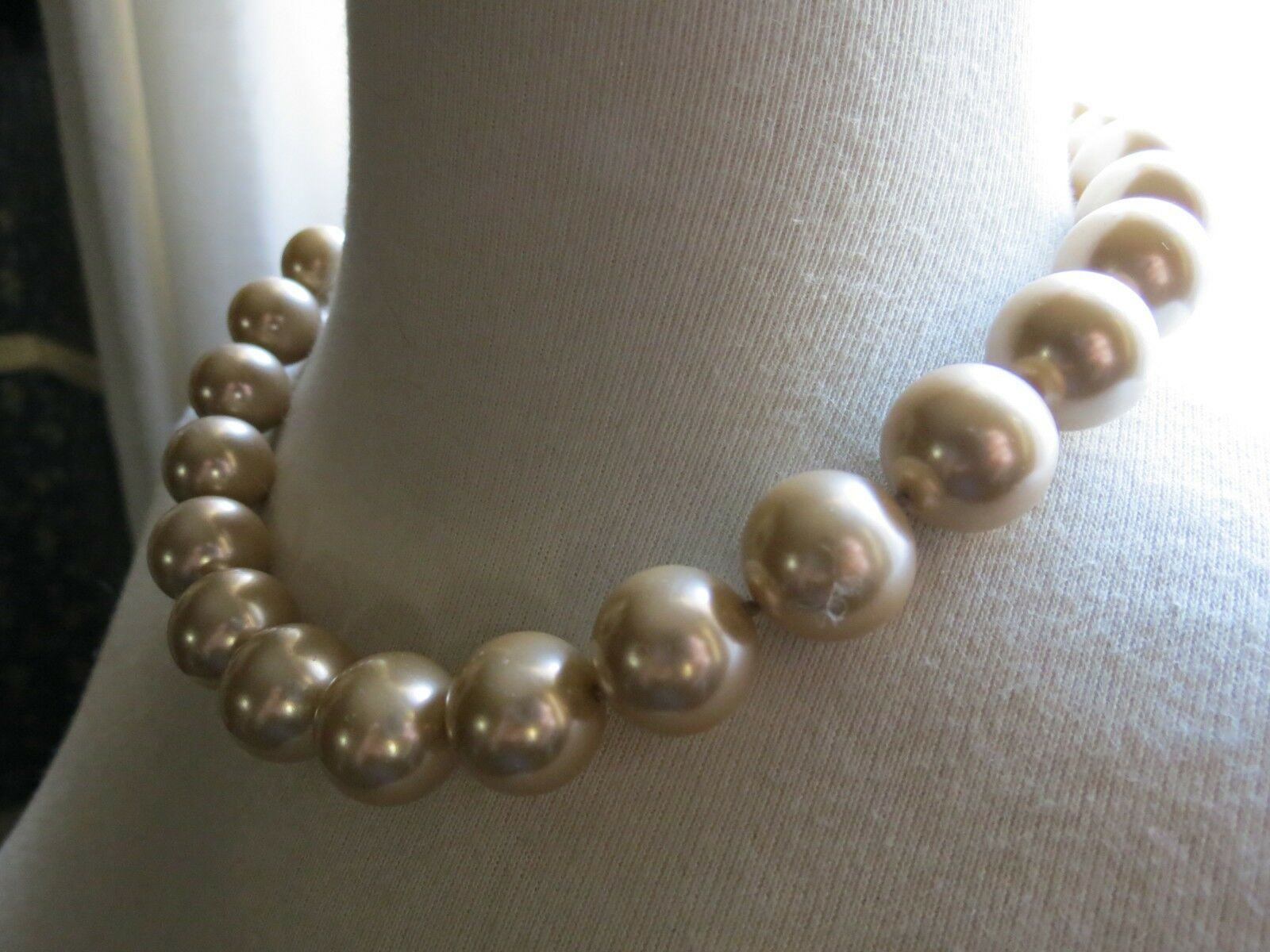 VTG Monet Big Pearl Necklace Hand Knotted Sable Cream Lobster 16mm Glass Beads image 4