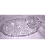 Vintage Glass Snack Tray / Sandwich Tray and Cups - With Hanging Grapes ... - $5.99