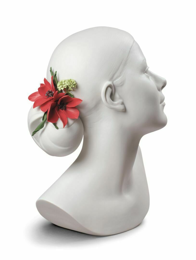 Lladro Lily with Flowers Woman Bust 01009253 - $673.58