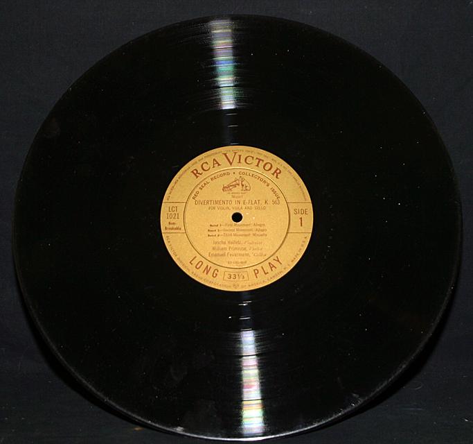 """Mozart """"Divertimento"""" Heifetz, Primrose & Feuermann    LP"""