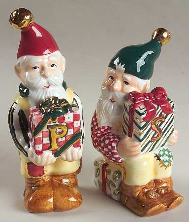 1998 Figurine Salt and Pepper Christmas Set in Winter Garland by Charter Club