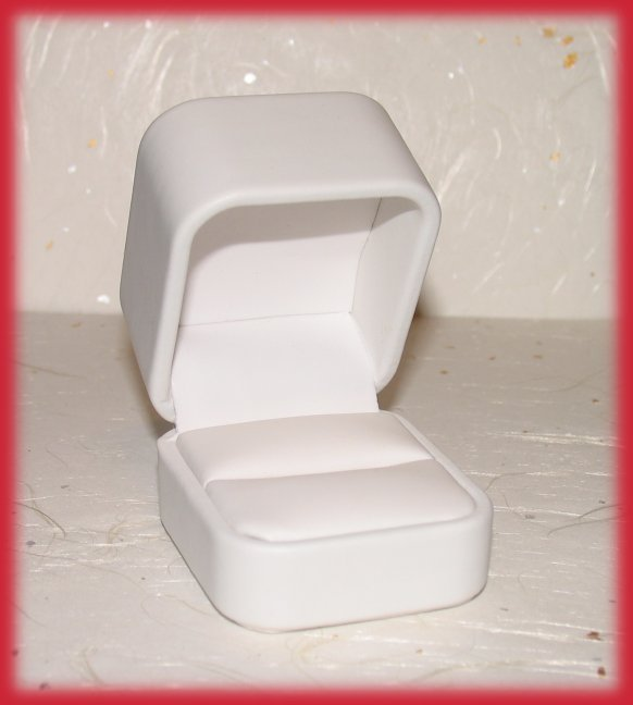 Ring box white leather open