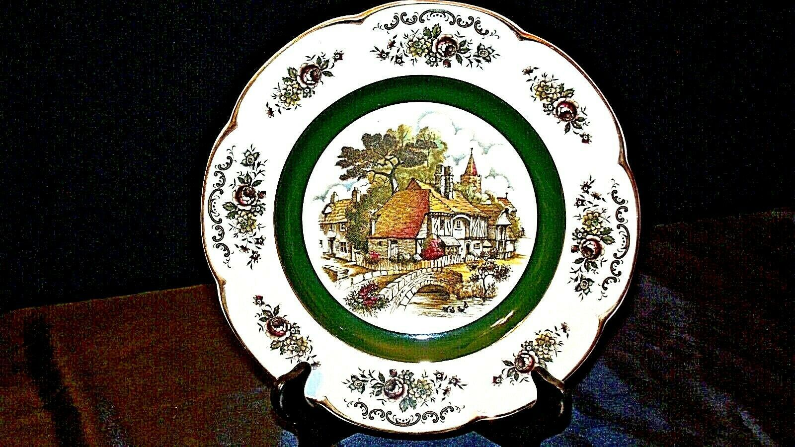 Ascot Service Plate by Wood and Sons  AA20- CP2238 Vintage