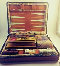 VINTAGE 1973 TRAVEL EDITION BACKGAMMON GAME WITH UPHOLSTERED ZIP UPCASE - $17.37