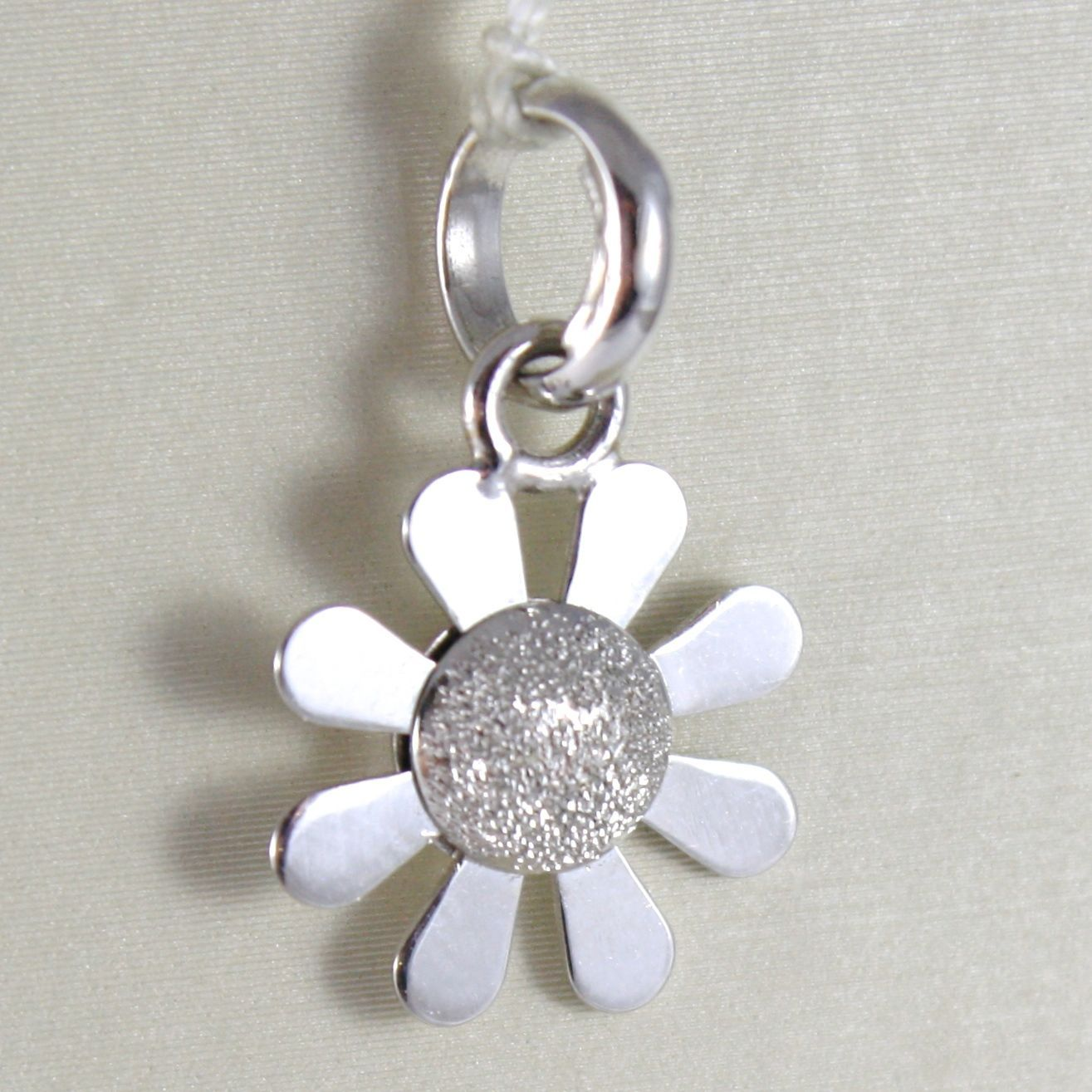 WHITE GOLD PENDANT 750 18K DAISY FLOWER PENDANT SATIN LONG 2 CM