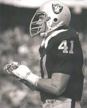 Phil Vill API Ano 8X10 Photo Oakland Raiders Picture - $3.95