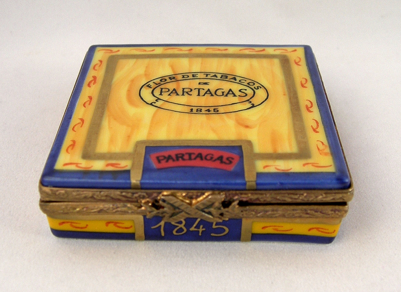Limoges Partagas 1845 Cigar Box with Cigars Inside - Tobacco - Peint Main