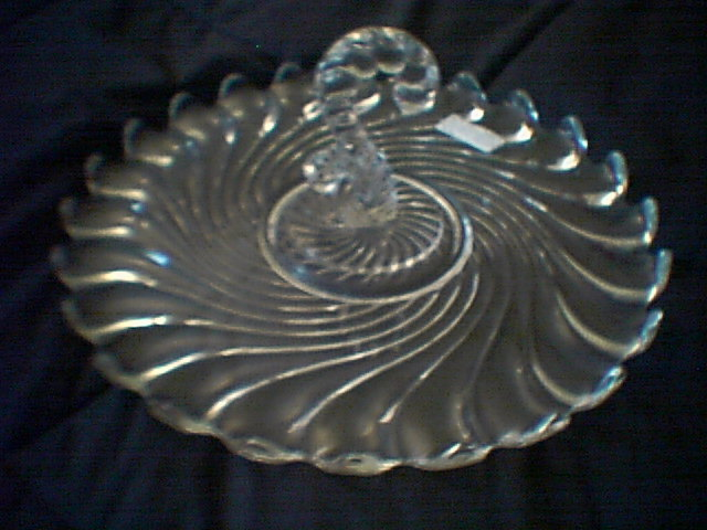 FOSTORIA COLONY CENTER HANDLE SERVING TRAY