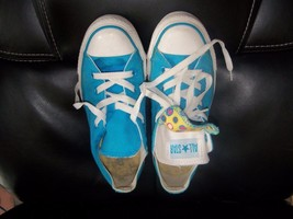 CONVERSE ALL STAR LOW DOUBLE TONGUE BRIGHT BLUE SIZE 6 WOMENS EUC - $32.00